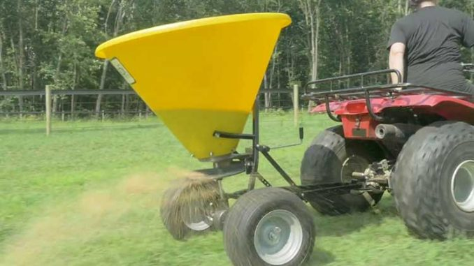 BUYING GUIDE FOR FOOD PLOT BROADCAST SPREADERS