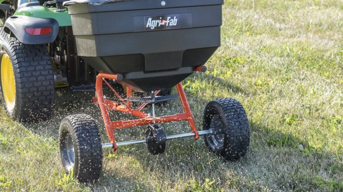 BUYING GUIDE FOR TOW-BEHIND BROADCAST SPREADERS